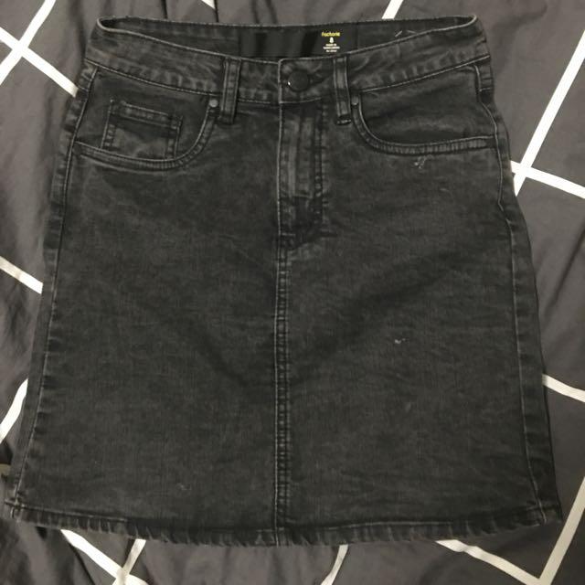 Black High waisted Acid-Wash Denim Skirt
