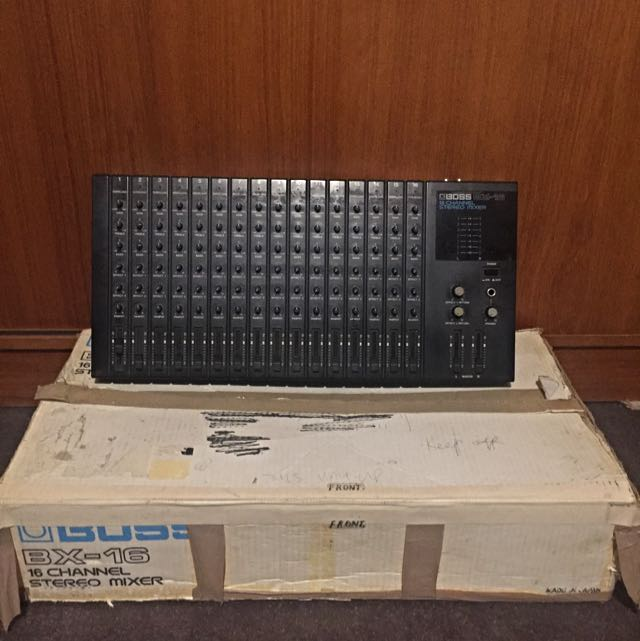 BOSS BX-16 Stereo Mixer