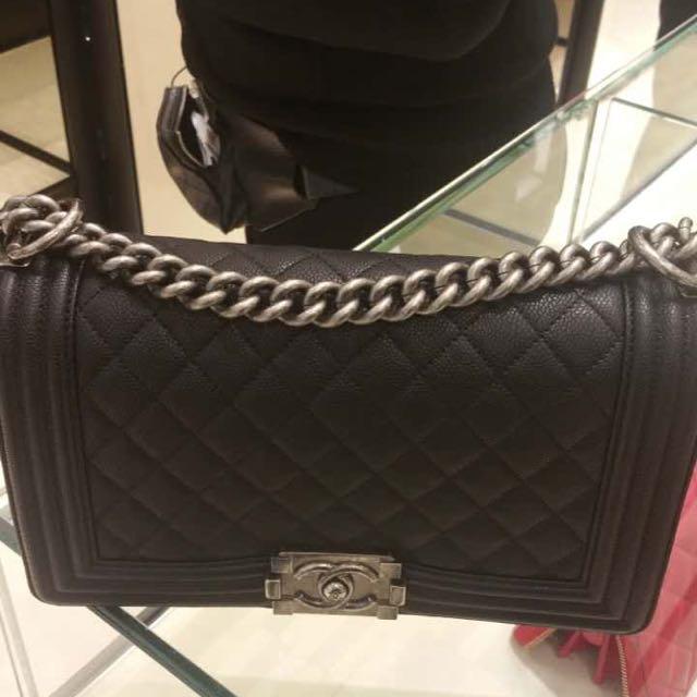 Chanel Boy 25公分黑色銀鍊牛皮