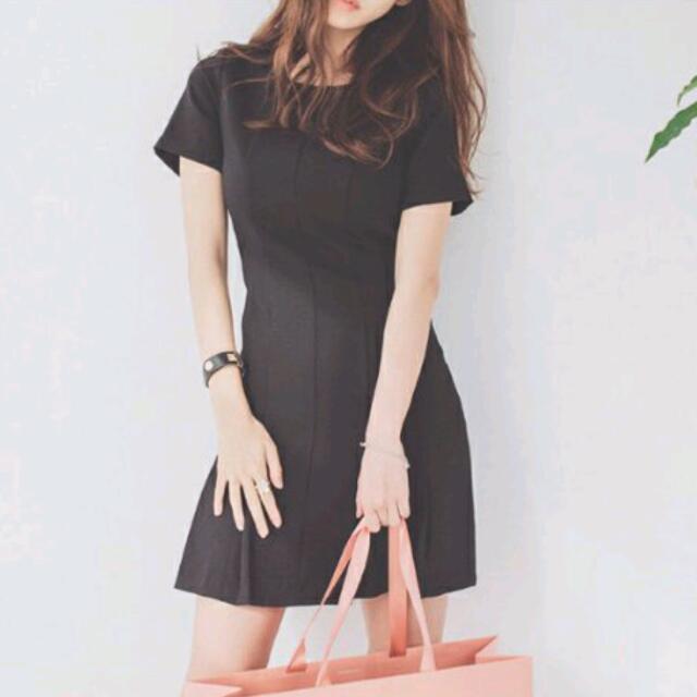 [INSTOCKS] Black Pleated Dress