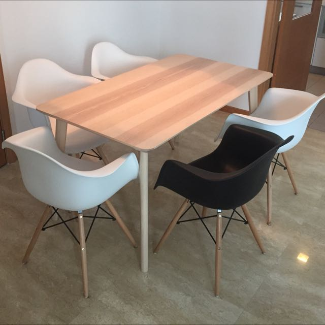 LOW PRICE Dining Table And Chairs, Furniture On Carousell