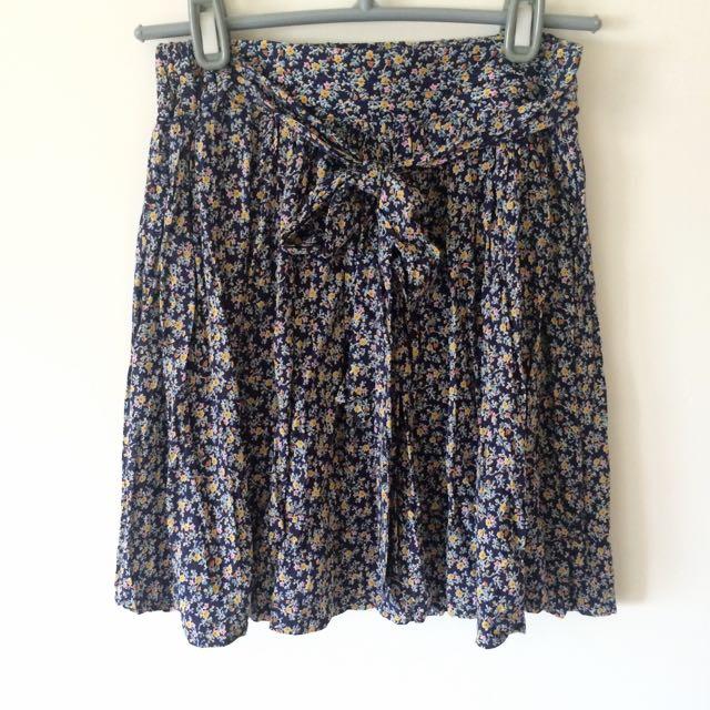 正韓深藍碎花短裙Made In Korea