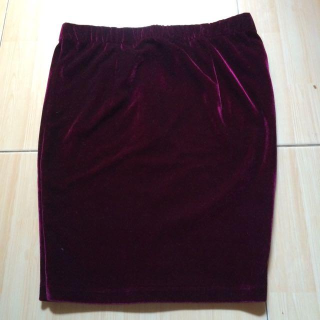 Maroon Bodycon Skirt