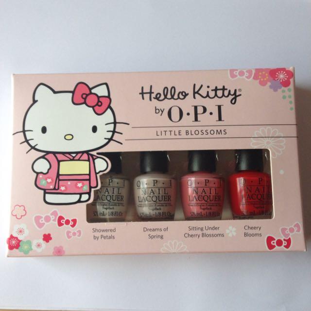 OPI Hello Kitty - Little Blossoms