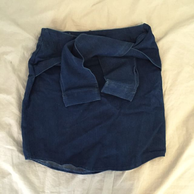 Princess Polly Tie Up Skirt Size 6