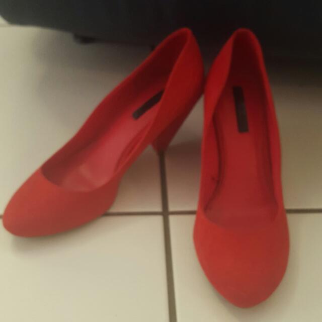 Zara Suede Red Pump Heels