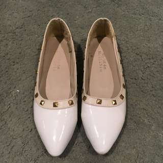 White Pointed Studded Flats Size 7