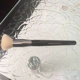 MP Foundation brush
