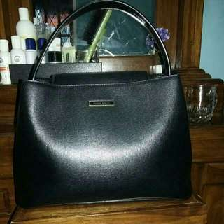 Charles and Keith Purse