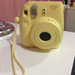 Polaroid Camera - Instax Mini 8