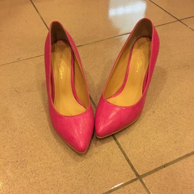 桃紅色蛇紋低跟鞋