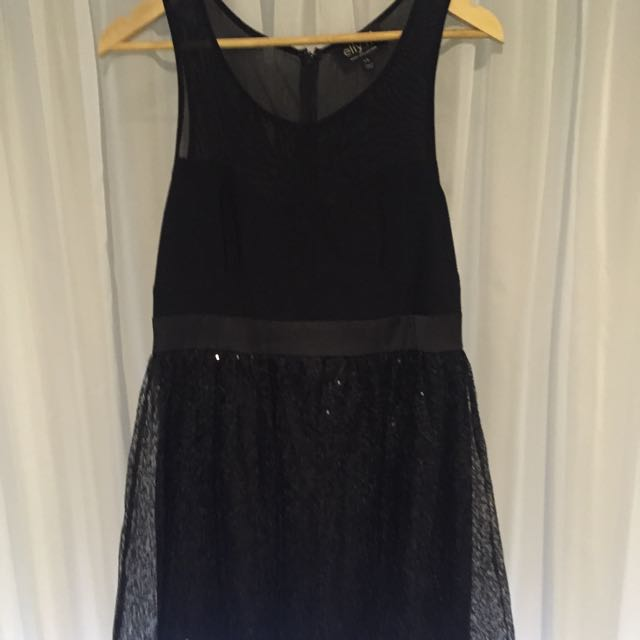 Elly M Size 14 Black Dreas
