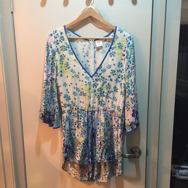 Floral Play Suit Size 10