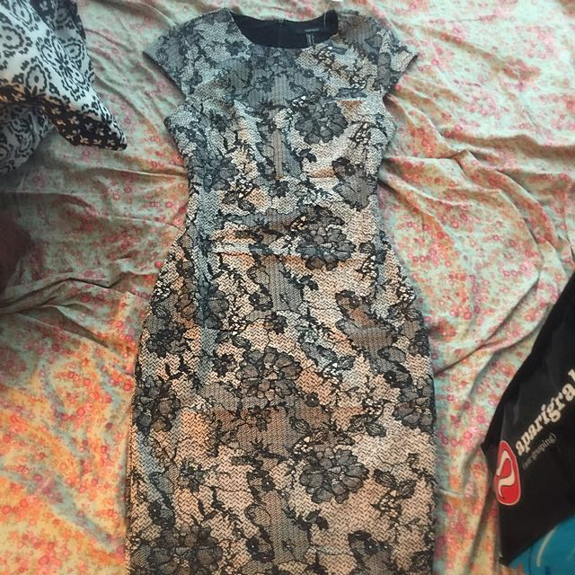 Forever 21 Dress - Very Classy, Tags Attached