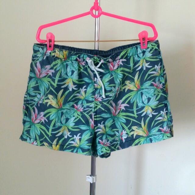 h&m Tropical Print Swim Shorts