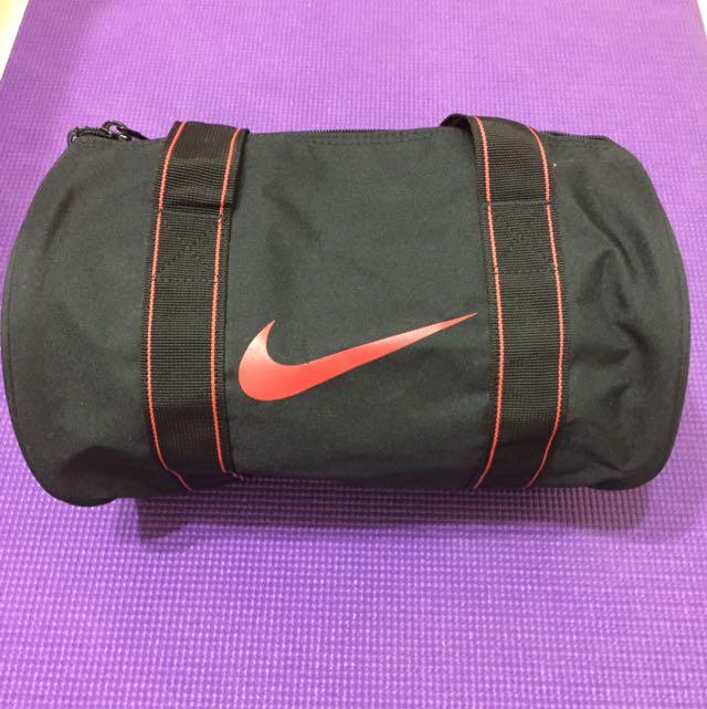 Nike 圓筒提袋