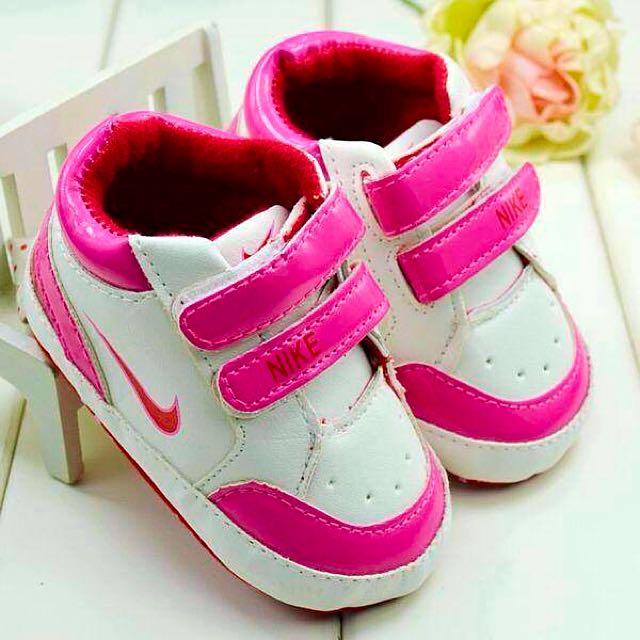 Nike Girls 6-12 Month Pre Walkers