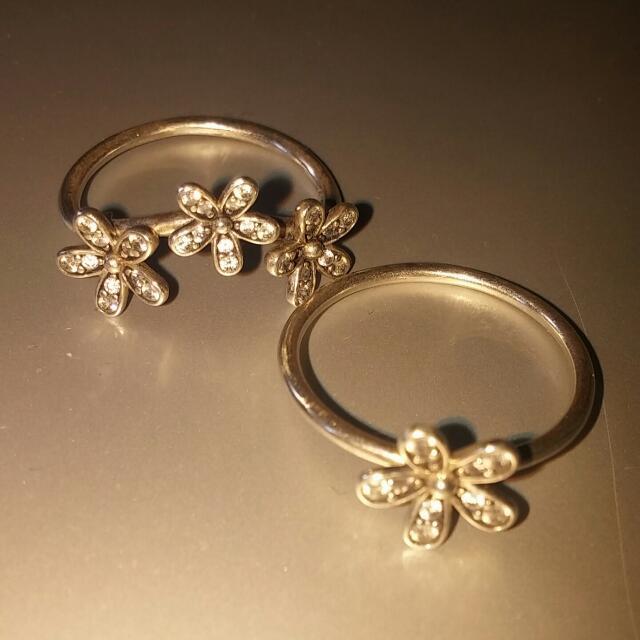 Pandora Dazzling Daisies Ring Set