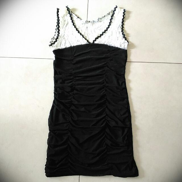 [Preloved] Lacey Black Dress