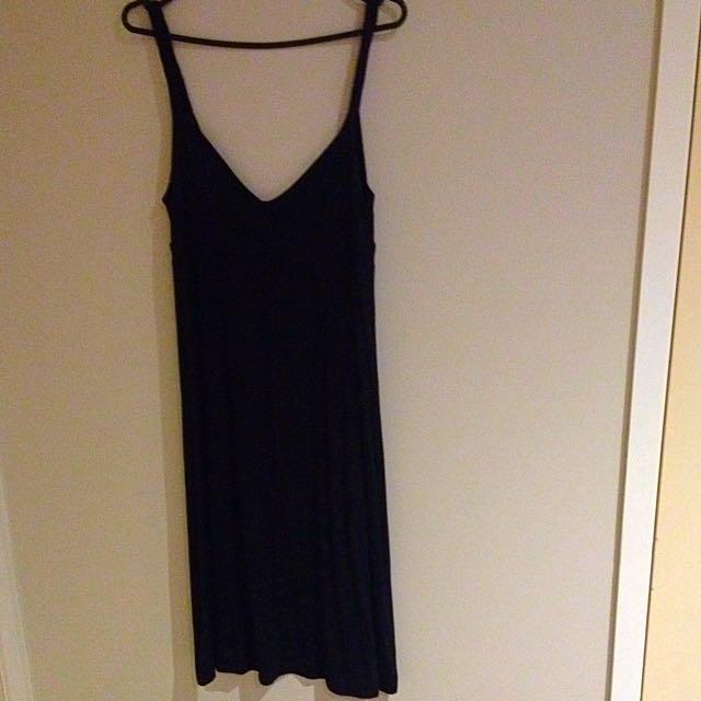 Sports girl Size 8 Black Rope Strap Long Dress