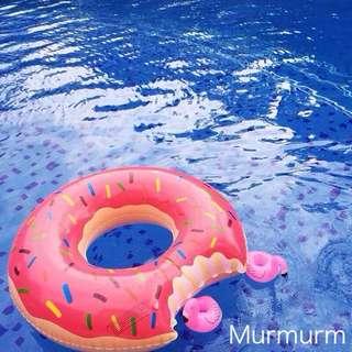 草莓/巧克力甜甜圈游泳圈