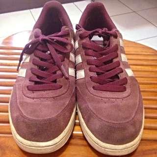 Adidas 酒紅 經典款板鞋 麂皮(未整理)