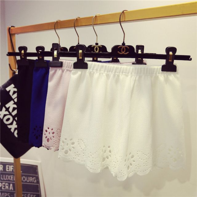 韓系夏季可愛浪漫花邊短褲安全褲 質感優 可外穿 (白色 只有一件)