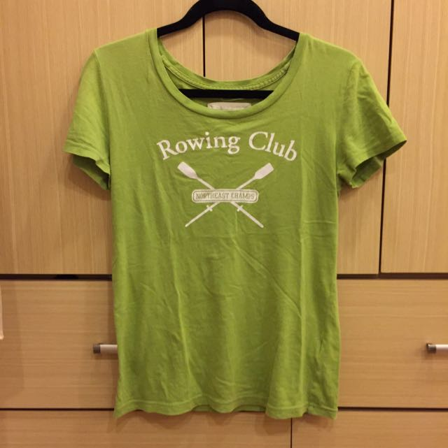 Abercrombie & Fitch草綠T-shirt