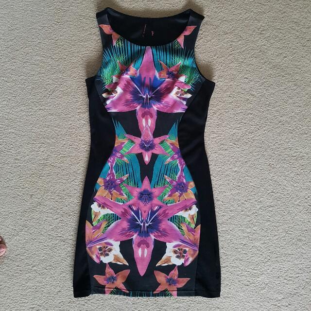 Ally Bodycon Dress Size L