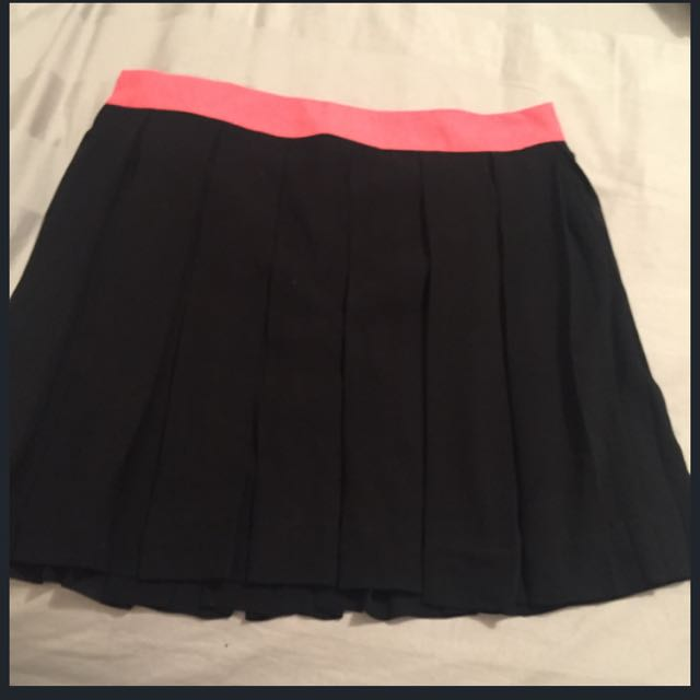 High wait Pleated Skirt