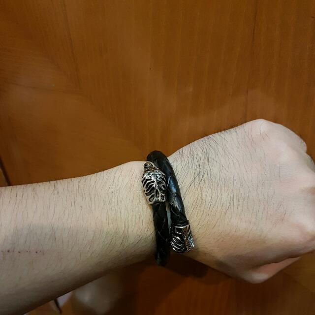 Leather Bracelet With Tiger Heads