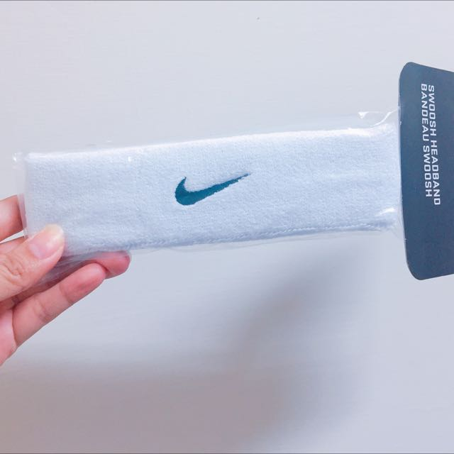 Nike白色髮帶