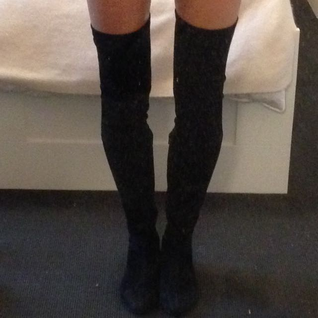 Thigh high Suede Black Boots