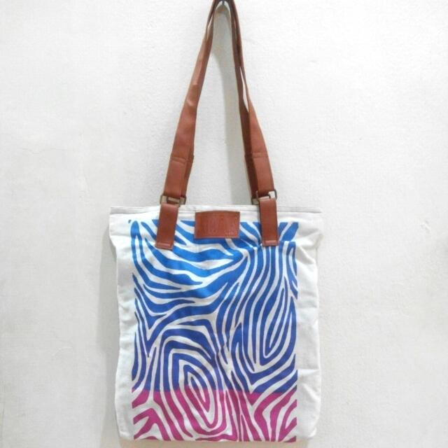 REPRICE!! Tote Bag by Octopus