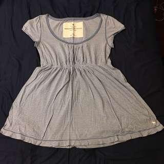 A&F 條紋縮腰上衣