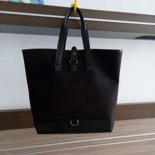 Preloved Bag From Johnnie Walker By Bill Amberg Studio