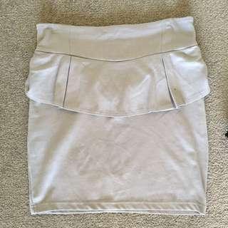 Size L Peplum Skirt