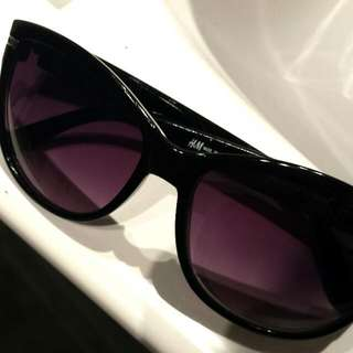 H&M sun glasses
