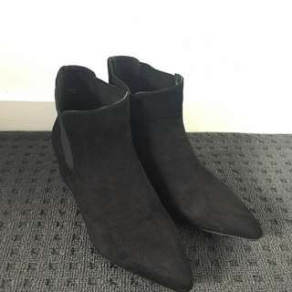 *PRICE MARKED DOWN Size 36 New Look Black Ankle Boots