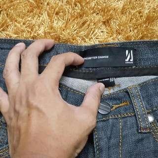Commune Jeans Black Color