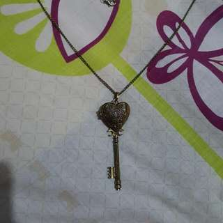 KEY LOCKET NECKLACE