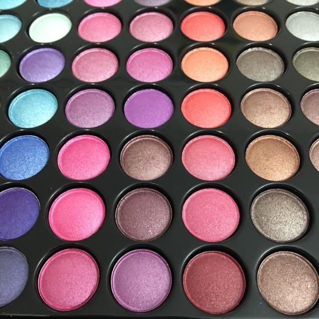 88 Shimmer Eyeshadow Palette