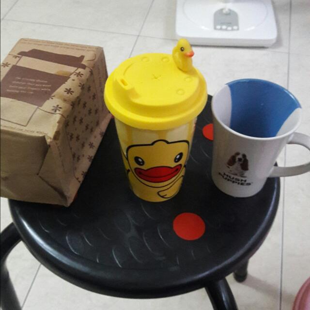 黃色小鴨,馬克杯 全新的,有30個,一個只要30喔