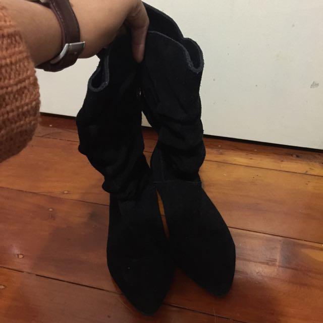 black suede boot - Billabong