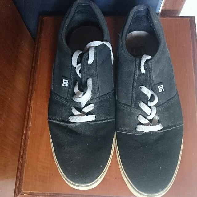 DC authentic Black Shoes