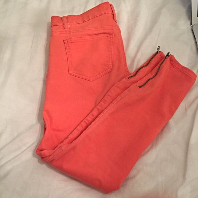 Forever 21 - Peach Cropped Skinny Jeans Size: 26
