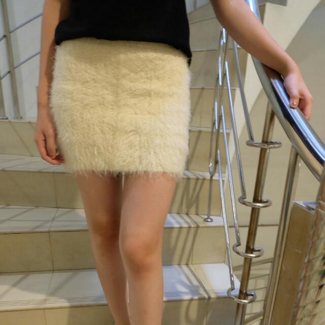 Fuzzy Skirt Preloved