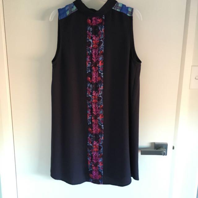 Iron Free Dress Size 12