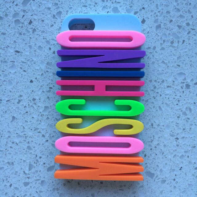 Moschino Rainbow Case - iPhone 5s