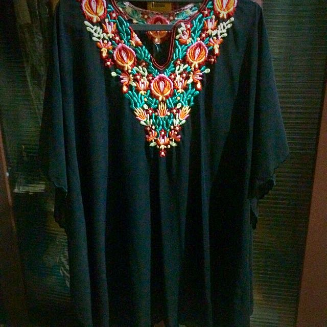 Preloved Kaftan.